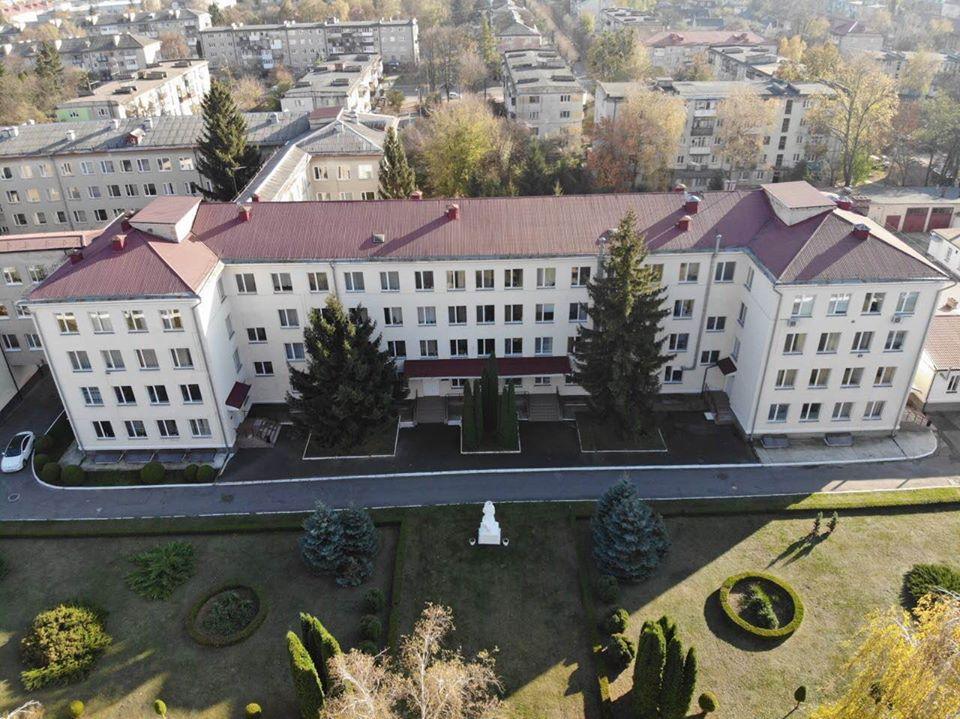 Депутати Луцькради вирішили створити інфекційний стаціонар на базі пологового будинку