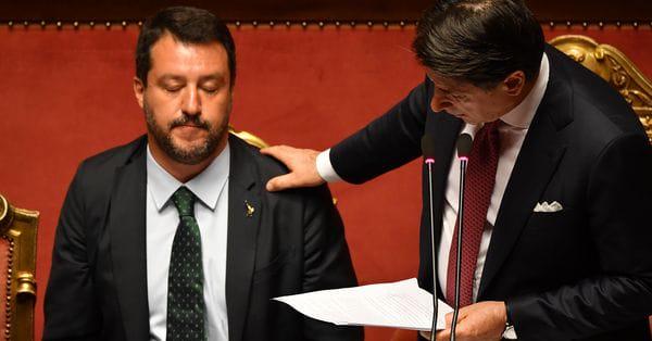 Прем'єра Італії викликали в суд у справі Сальвіні щодо мігрантів