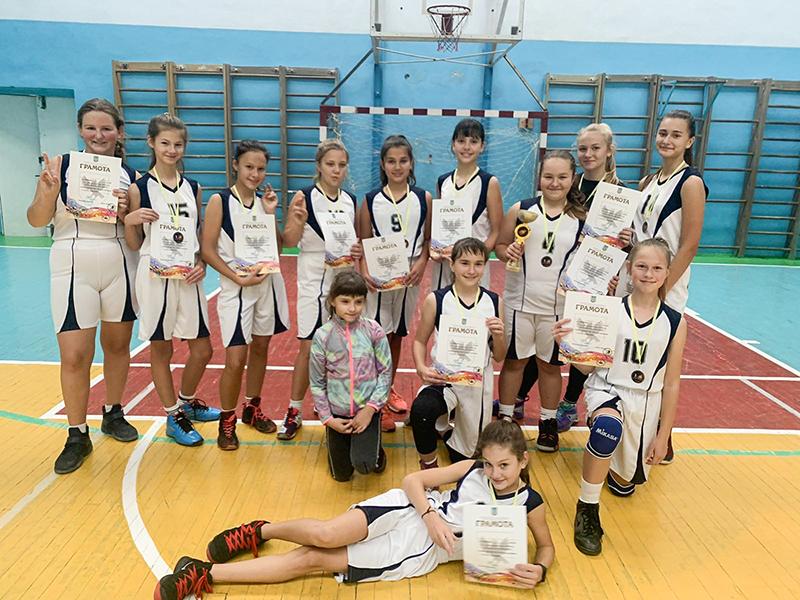 Нововолинські баскетболістки вибороли призові місця у турнірі в Івано-Франківську