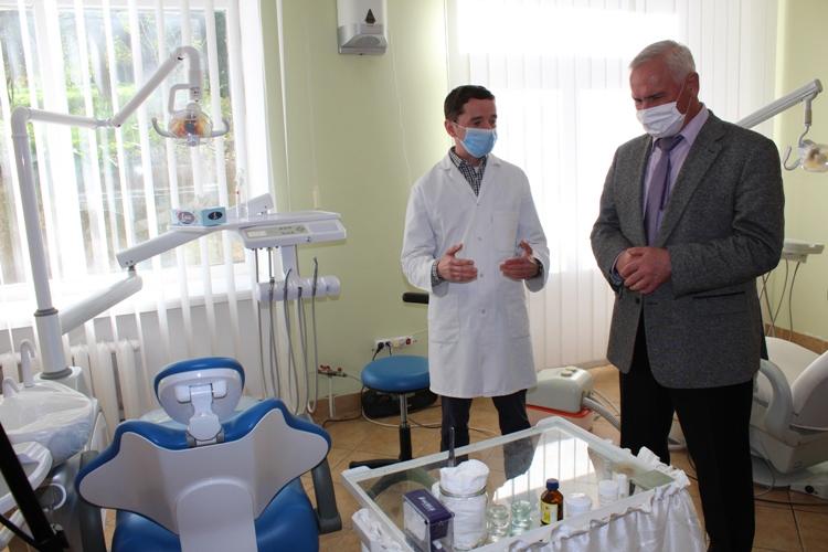 Стоматологічна поліклініка у Нововолинську отримала нове обладнання