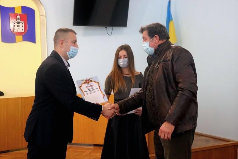У Володимирі-Волинському вітали з професійним святом автомобілістів та дорожників