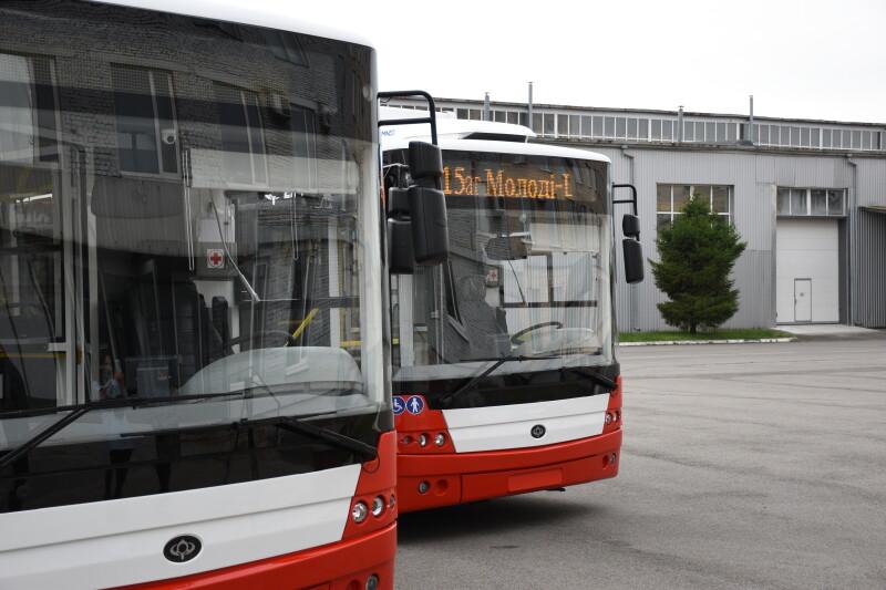 Луцьк отримав перші з 29 нових тролейбусів