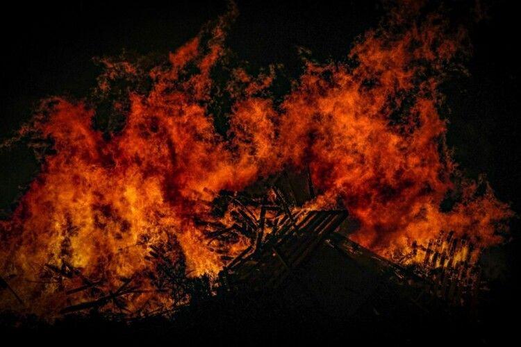 На Волині ліквідували пожежі у житлових будинках