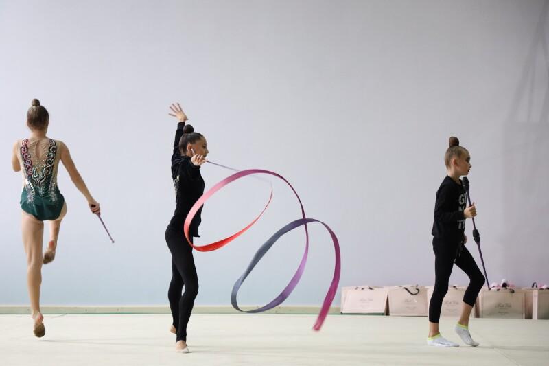 У Луцьку стартував чемпіонат міста з художньої гімнастики