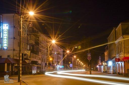 На утримання мережі вуличного освітлення у місті на Волині витратять понад 100 тисяч