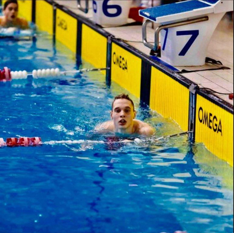 Волинський спортсмен здобув чотири медалі чемпіонату України з плавання серед молоді