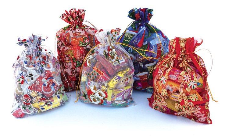 Скільки у Луцьку витратять на новорічні подарунки