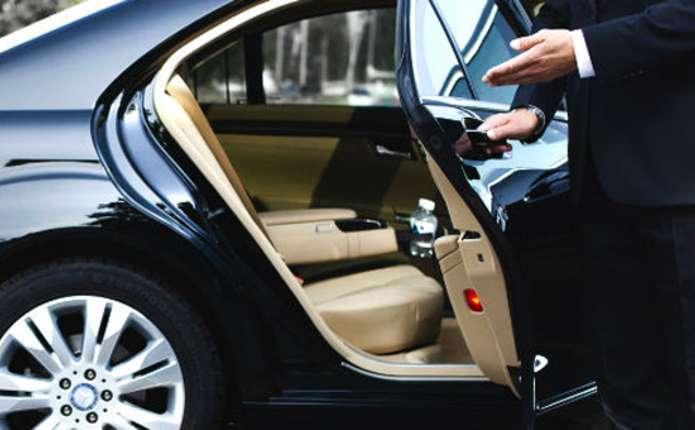 Власники елітних авто на Волині сплатили до місцевих бюджетів 2,6 мільйона транспортного податку