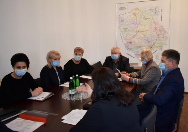 У Волинській ОДА обговорили проблеми інтернатних закладів Волині