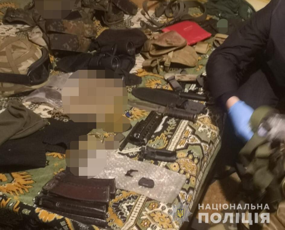 Лучанин тримав удома цілий арсенал зброї: поліція все вилучила