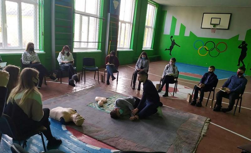 У місті на Волині на базі школи організували круглий стіл для лідерів учнівського самоврядування