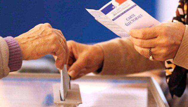 У Франції вже два політики заявили про намір брати участь у президентських перегонах-2022