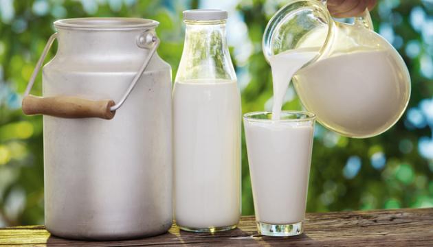 На молоко для закладів освіти Луцької громади витратять майже сім мільйонів