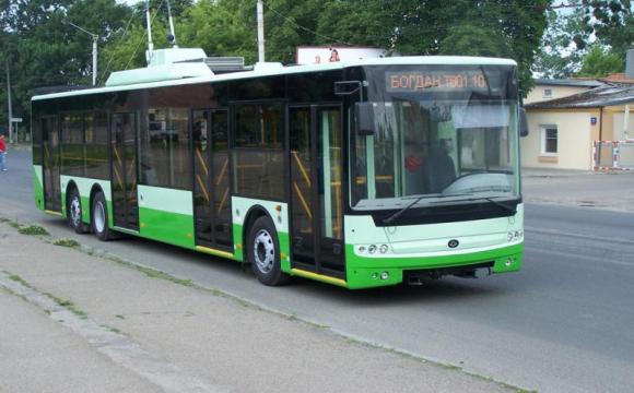 У Луцьку пропонують зробити платним проїзд пенсіонерів у громадському транспорті