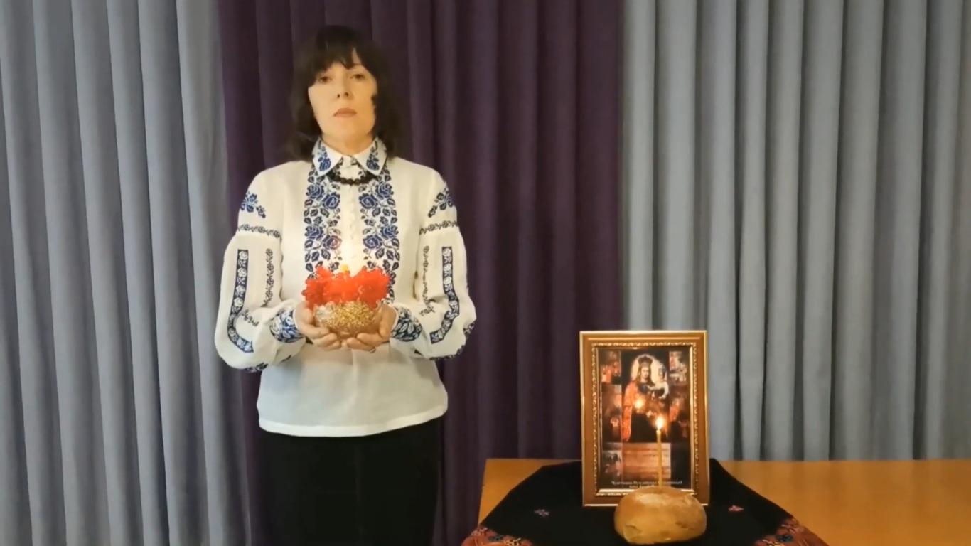У громаді поблизу Луцька влаштували поетичний флешмоб до Дня пам'яті жертв голодоморів