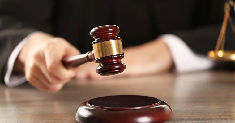 Волинського патрульного судитимуть за шахрайство та підроблення документа