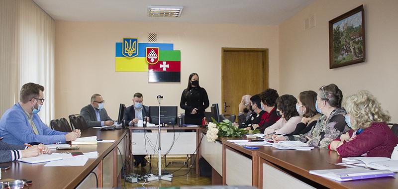 Експерти Волинського регіонального відділення АМУ у Нововолинську пояснювали процес реорганізації органів місцевого самоврядування