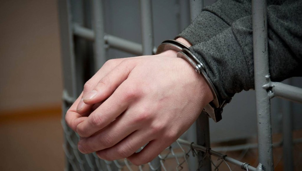 Жителя Нововолинська судитимуть за розбещення неповнолітнього