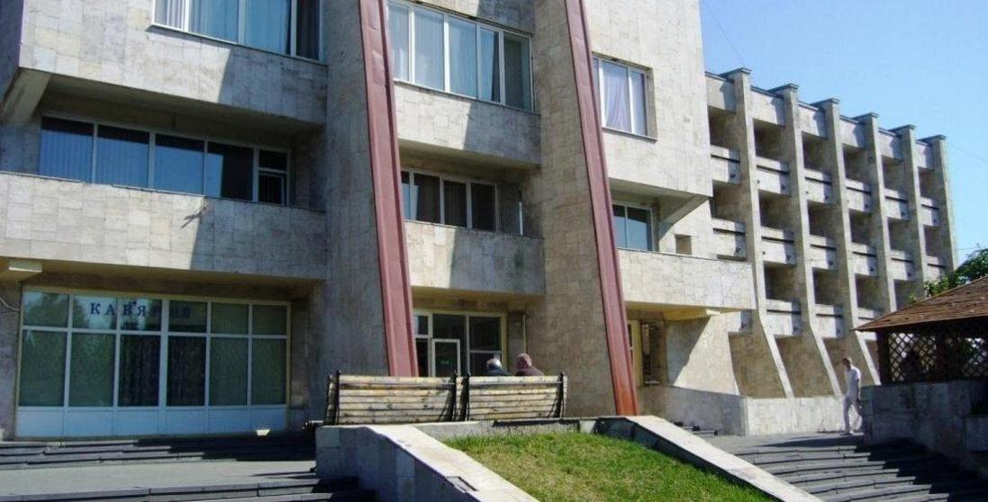 Депутати Луцькради заборонили здійснювати реконструкцію центру профспілок на проспекті Відродження
