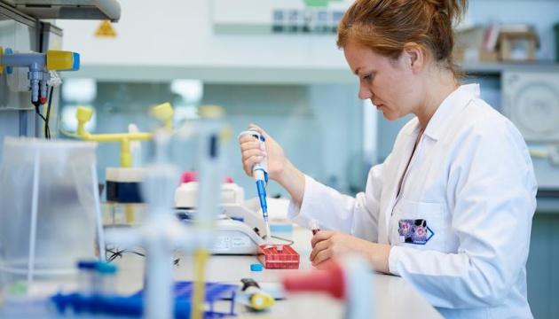 Канада перевірила на коронавірус третину своїх жителів