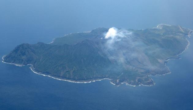 В Японії прокинувся вулкан – великі камені розлітаються на 1,3 кілометра
