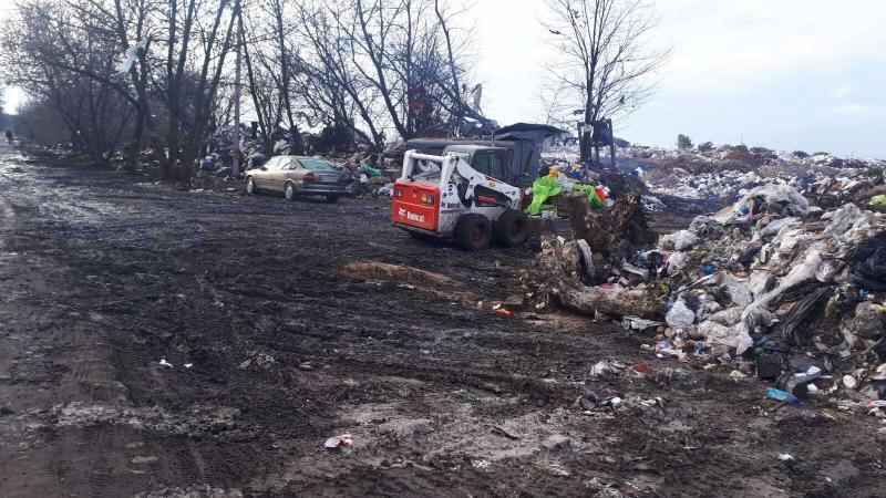 У Ківерцівській громаді впорядковують сміттєзвалище