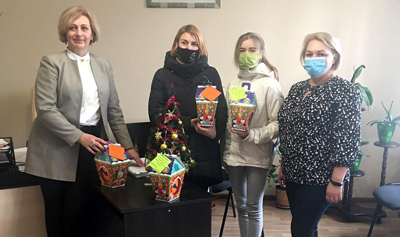 У Нововолинську вручили подарунки дітям загиблих в АТО/ООС