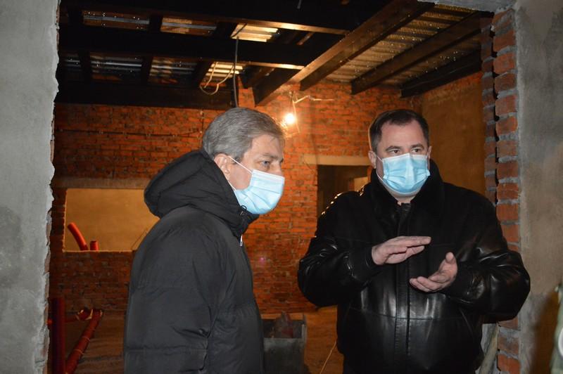 У Ковелі перевірили процес будівництва приймального відділення лікарні
