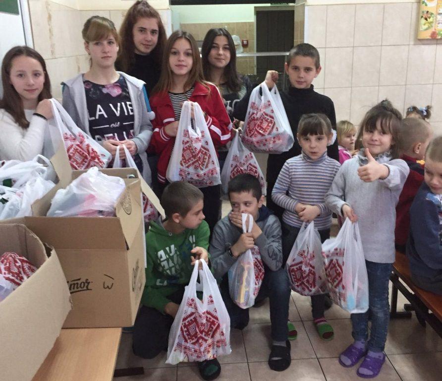 Ковельчанам передали подарунки від благодійника з Німеччини
