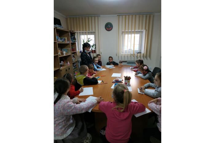 У Луцьку діти писали листи Святому Миколаю
