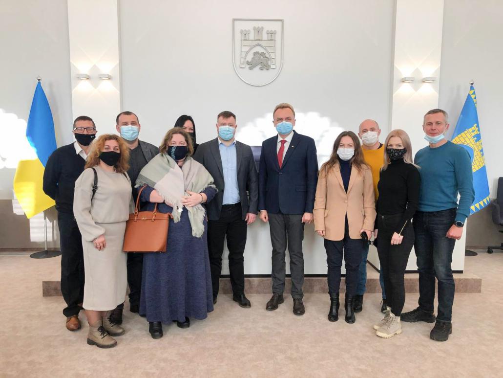 Представники влади та бізнесу Нововолинська переймали досвід у львів'ян