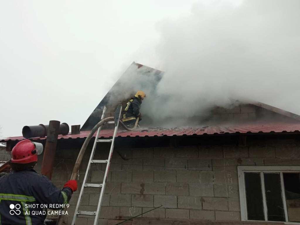 На Волині ліквідували пожежі у двох господарських спорудах