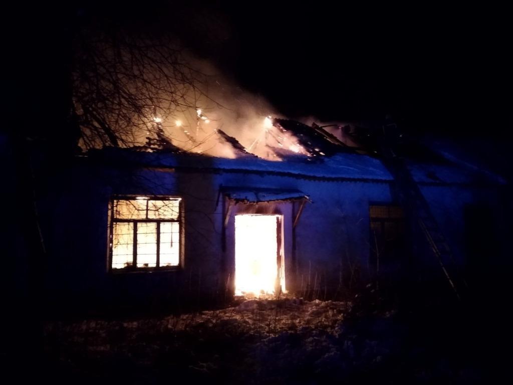 За добу на Волині ліквідували дві пожежі у житловому секторі