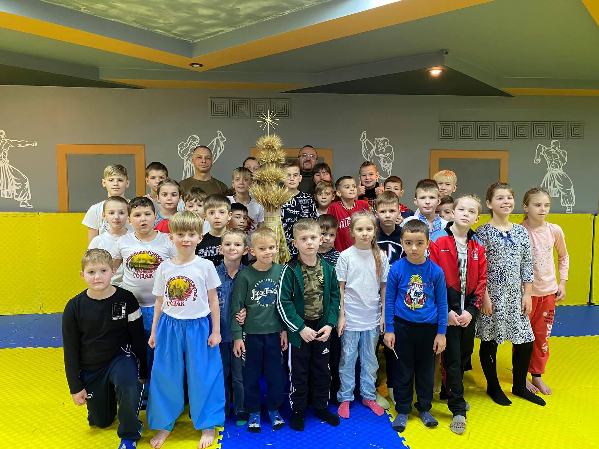 Луцький клуб «Герць» організував майстер-клас з виготовлення дідуха