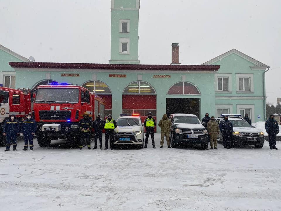 Патрульні Волині та інші служби МВС готові до спільної роботи у зв'язку з негодою