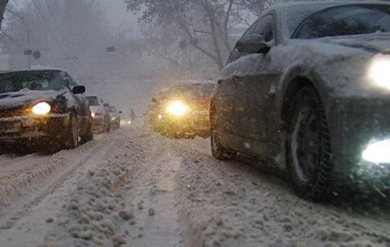Ковельчан просять не паркувати автомобілі на дорогах та тротуарах