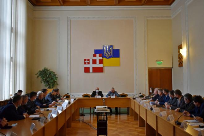 У Волинській ОДА обговорили плани ремонтних робіт на дорогах місцевого значення та комунальної власності