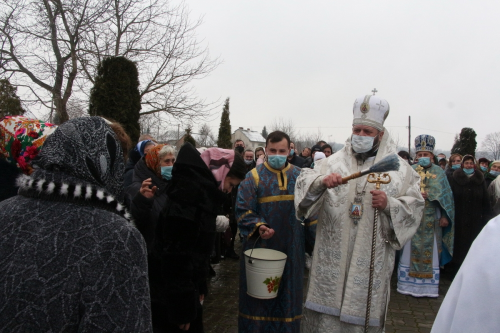 Владика Михаїл відвідав парафію поблизу Луцька. ВІДЕО