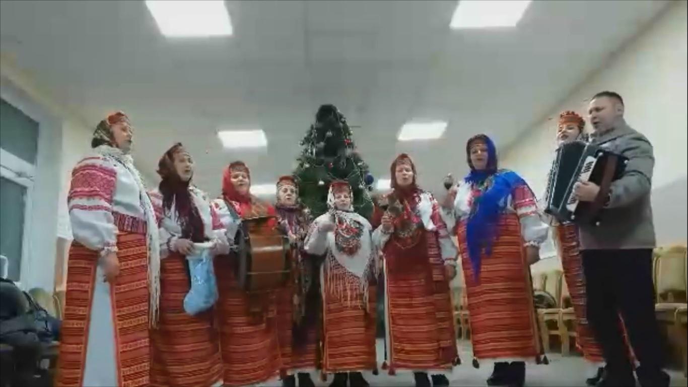 Хоровий колектив з Боратинської громади вітає зі святами