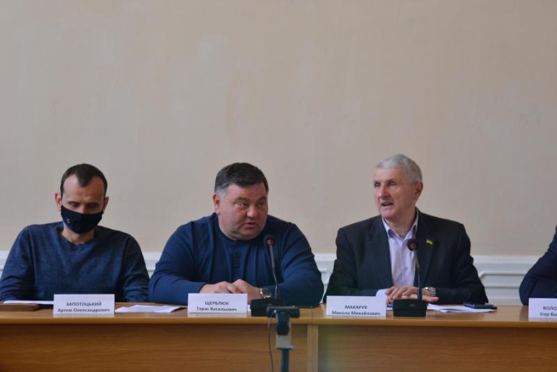 Депутати Волиньради проаналізували програми підтримки агропромислового комплексу