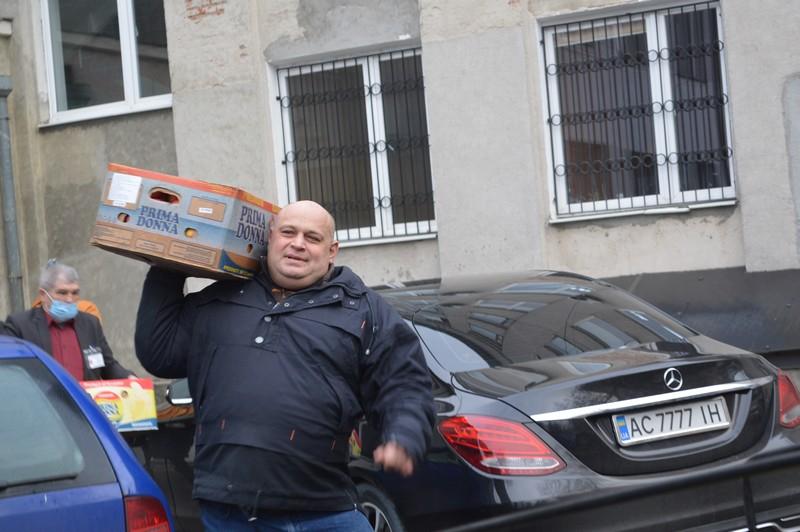 Ковельські волонтери повезли подарунки бійцям 14-ї бригади