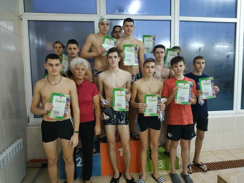 У Ковелі організували змагання юних плавців