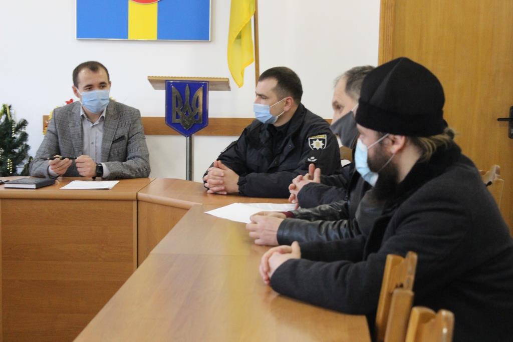 У Володимирі-Волинському міська влада та духовенство радилися щодо різдвяних богослужінь