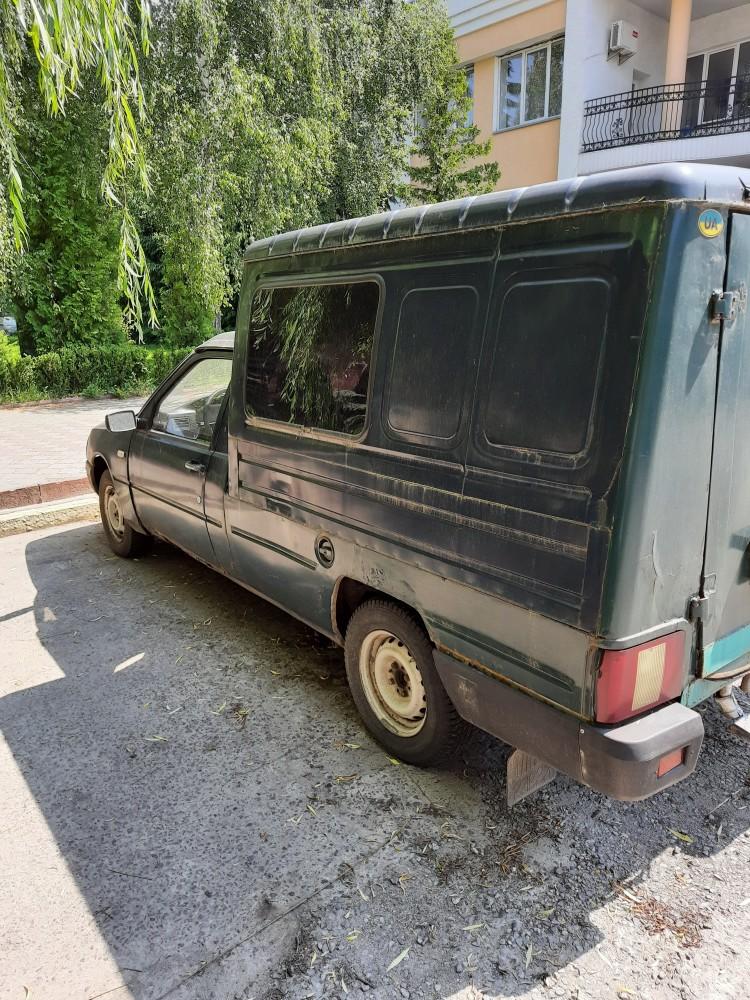 ГУ Пенсійного фонду України у Волинській області продає автомобіль