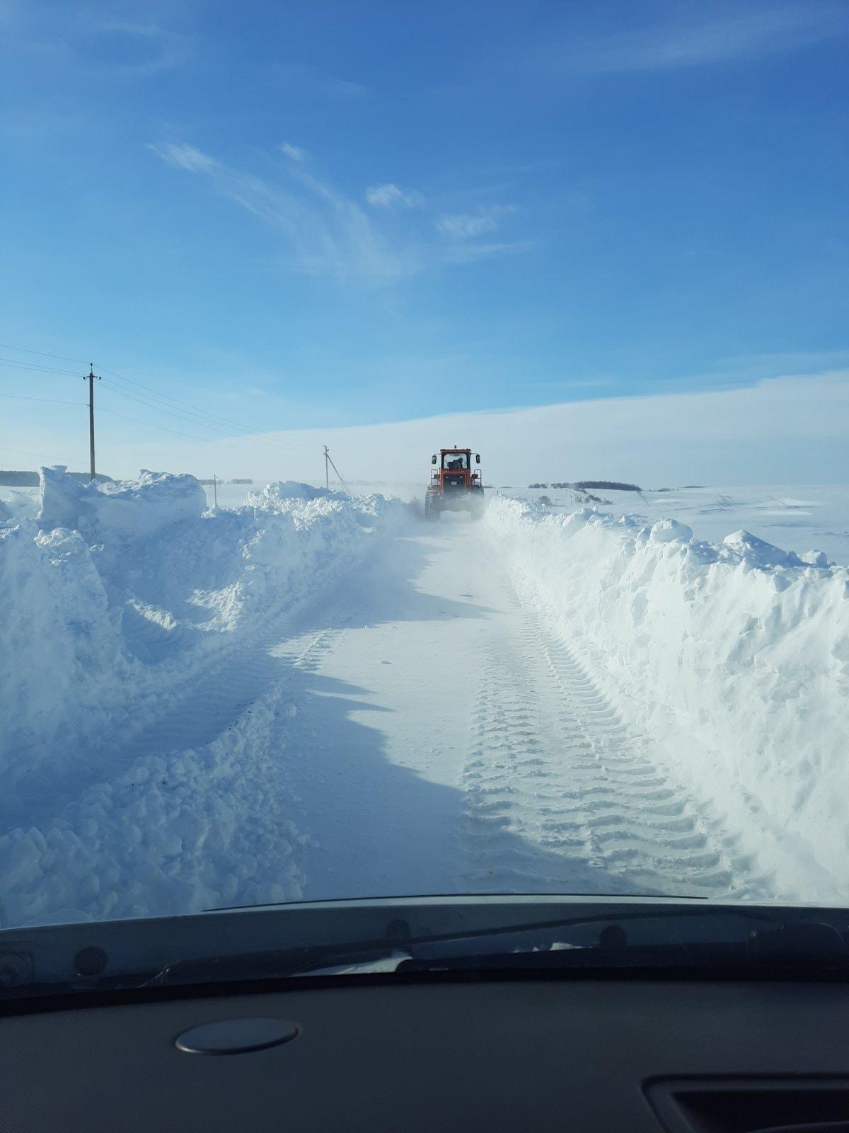 Коли дорогу на Волині зможуть розчистити від снігу і відновити рух автобуса