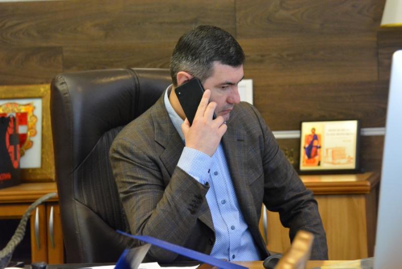 Голова Волиньради приймав громадян у телефонному режимі