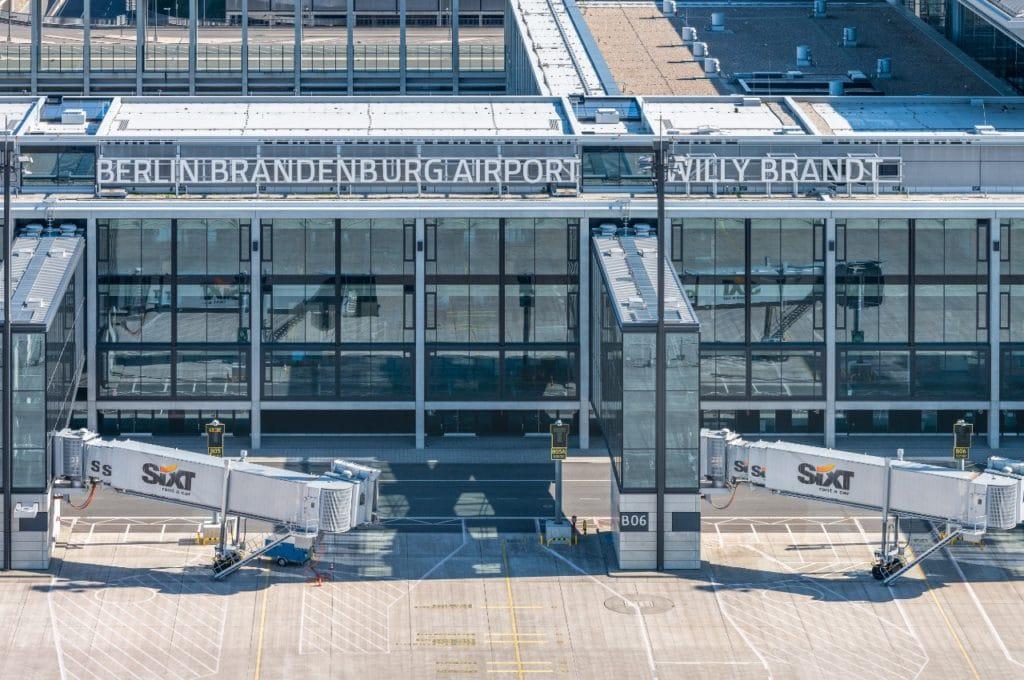 Новий аеропорт Берліна закриває термінал через обмаль пасажирів