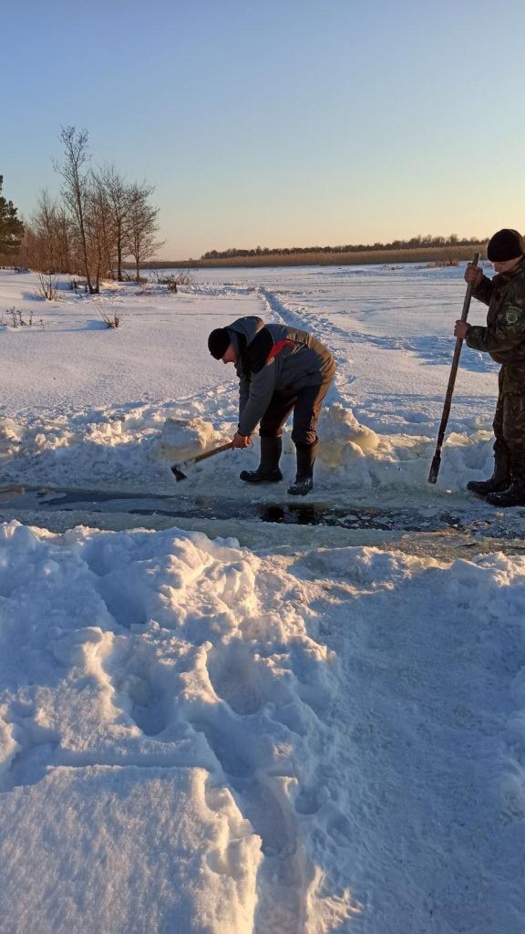 На Стоході здійснювали заходи, спрямовані на покращення умов зимівлі риби