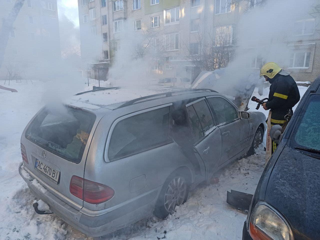 У Володимирі-Волинському горів автомобіль