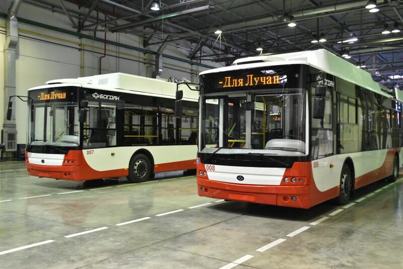 Луцьку передали чотири сучасних тролейбуси